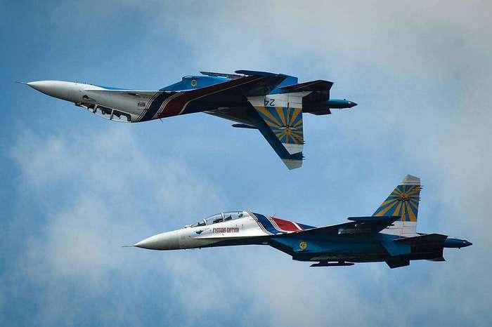 """Миг-29 или Су-27 легко """"уделывают"""" американский F-35"""