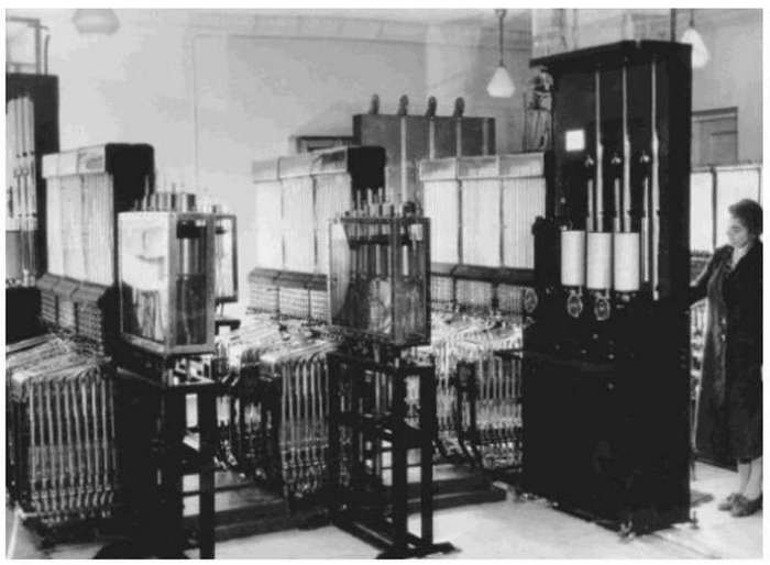 Шедевр советской инженерии – компьютер на воде