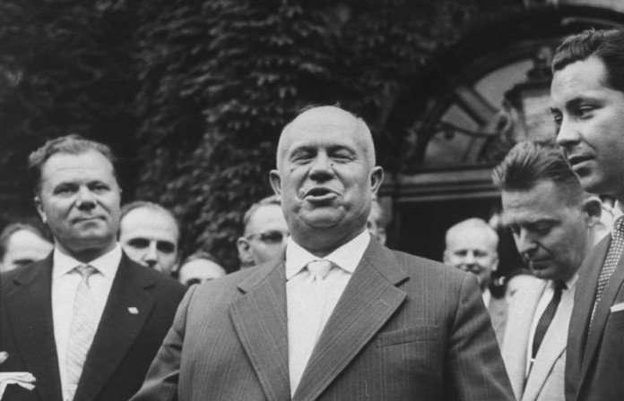 Триумфальный визит Хрущева в Америку. Казусы, трудности перевода, забавные истории.