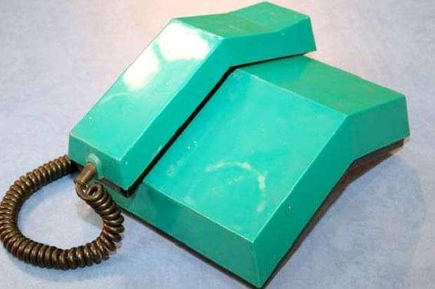 Круче, чем айфон: неубиваемые советские телефоны