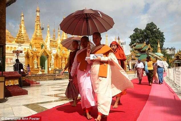 72-летняя бабушка прожигает пенсию, путешествуя по миру на протяжении последних 7 лет