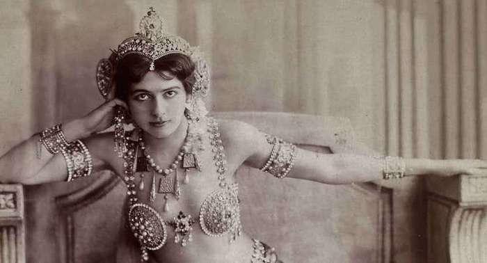 15 самых опасных женщин в истории человечества