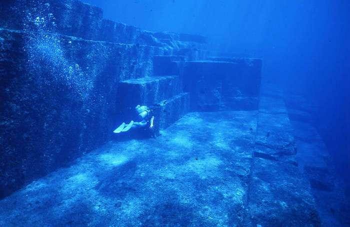 10 удивительных и загадочных историй, связанных с океаном