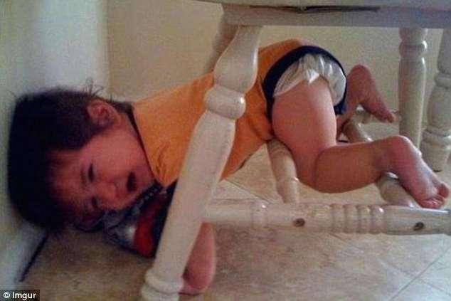 Дети могут застрять где угодно!