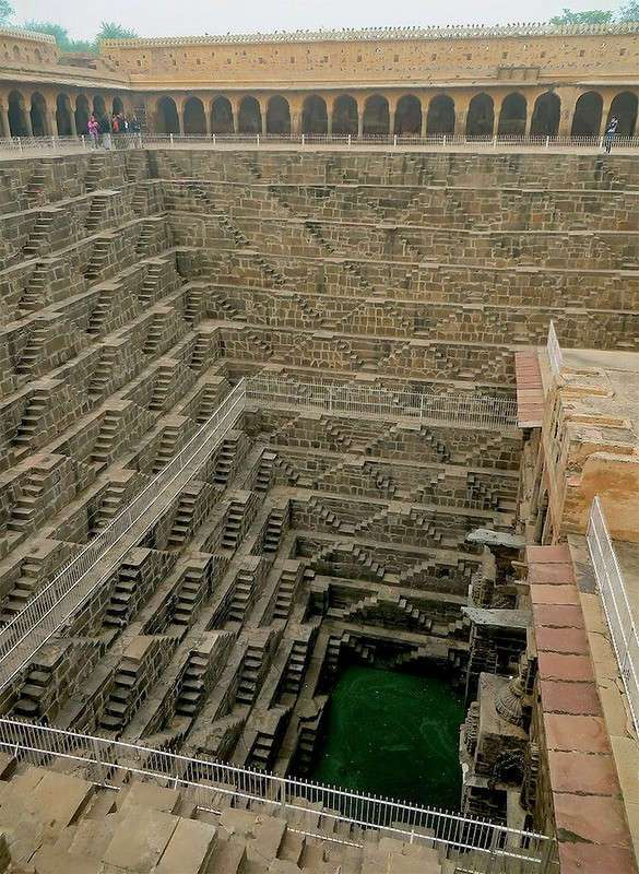 Исчезающая красота: ступенчатые колодцы Индии