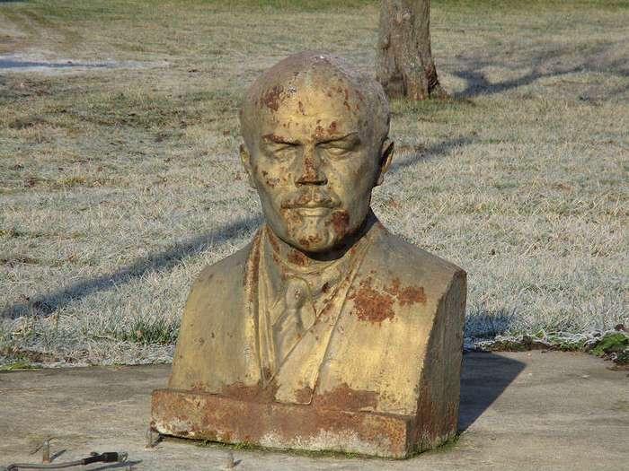 Ленин повсюду: 30 необычных взглядов на памятники вождю