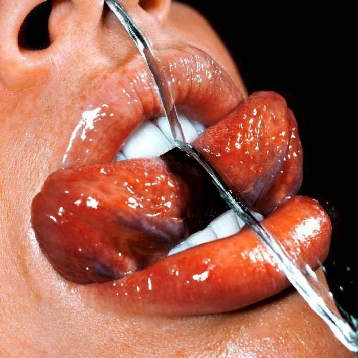 Чувственные фотографии женских губ крупным планом, на которые невозможно спокойно смотреть