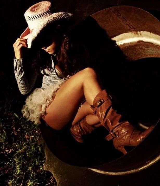 Фото самых красивых девушек. Чертовски красивые с ШИКарными формами 020417-85-19