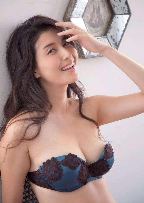 Фото самых красивых девушек. Чертовски красивые с ШИКарными формами 060417-104-31