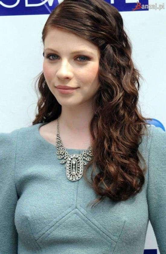 Фото самых красивых девушек. Чертовски красивые с ШИКарными формами 130417-107-23