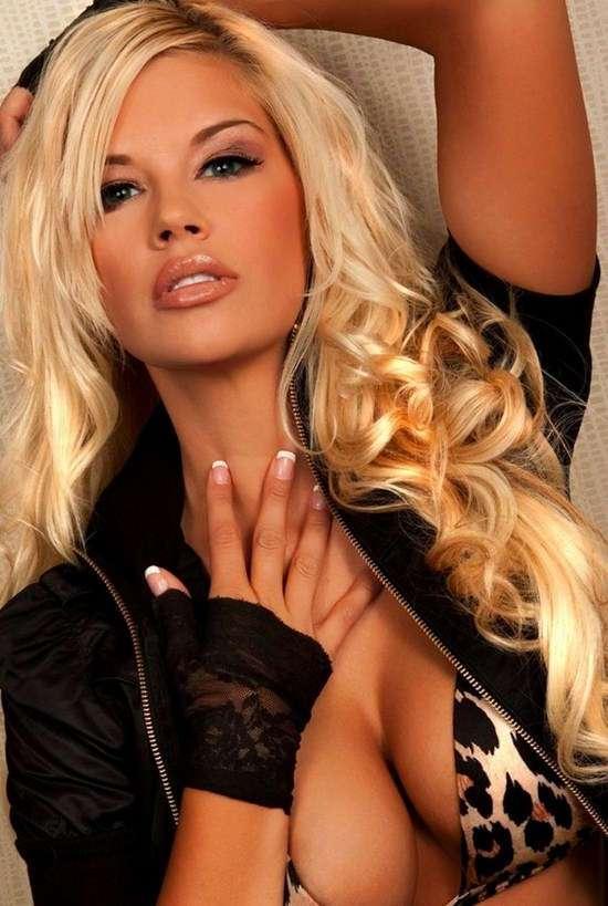 Фото самых красивых девушек. Чертовски красивые с ШИКарными формами 130417-113-41