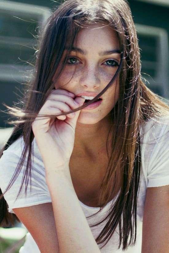 Фото самых красивых девушек. Чертовски красивые с ШИКарными формами 130417-118-15