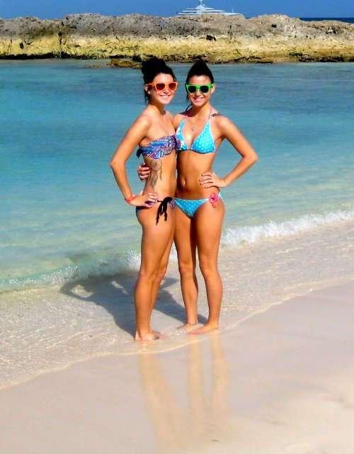 Чертовски красивые девушки с ШИКарными формами. Фото красивых девушек 160417-111-27