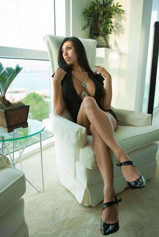 Фото самых красивых девушек. Чертовски красивые с ШИКарными формами 240417-183-39