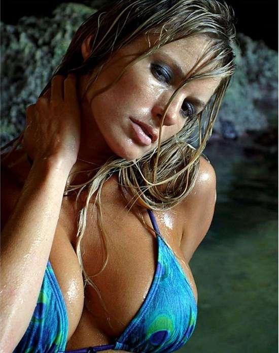 Фото самых красивых девушек. Чертовски красивые с ШИКарными формами 240417-205-49