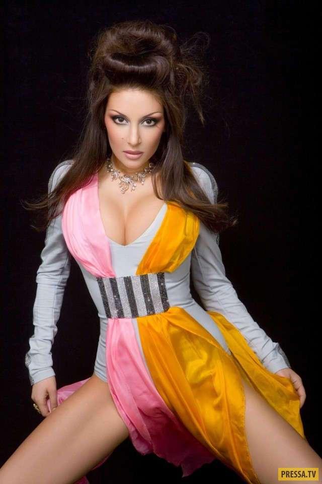 video-onlayn-ochen-seksualnaya-devushka