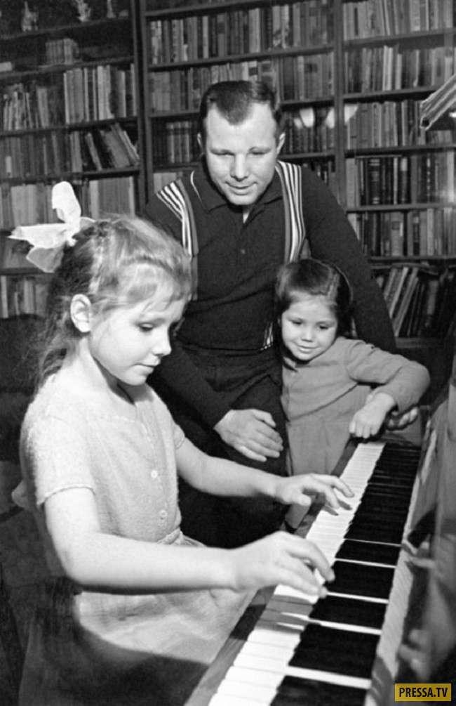 Интересные снимки из личного архива Юрия Гагарина (28 фото)