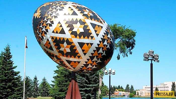 История пасхального яйца (18 фото)