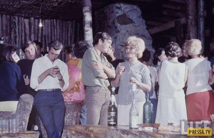 Молодёжь Советского Союза 60-х глазами американского фотографа (29 фото)