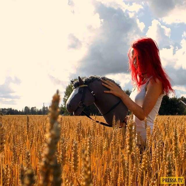 Хоббихосинг (Hobbyhorsing) - новая спортивная тенденция Финляндии (20 фото)