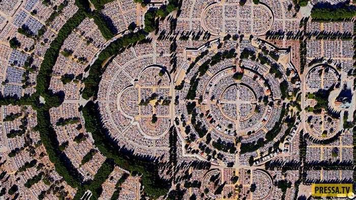 Эффектные и обзорные фотографии нашей планеты из космоса (29 фото)