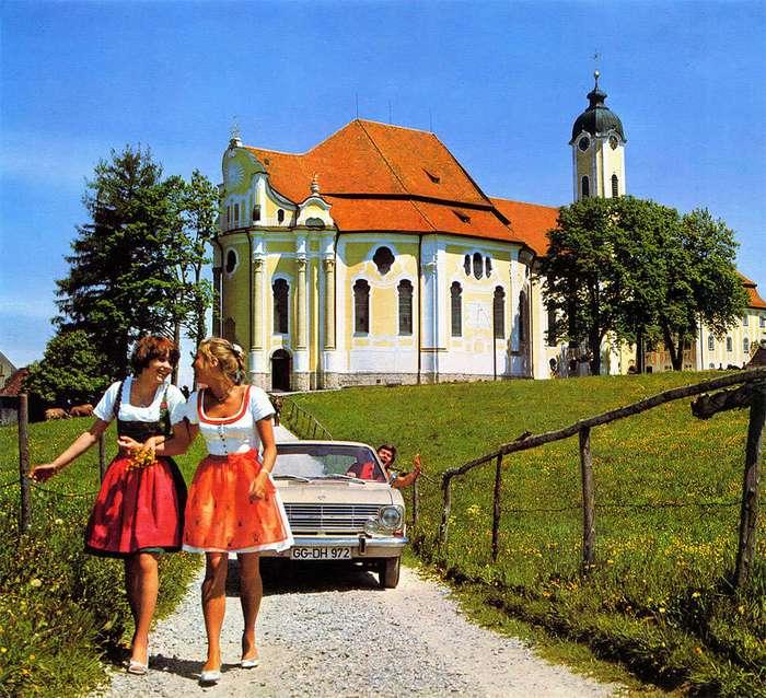 Великолепный винтажный автомобильный календарь от Opel 1970 года