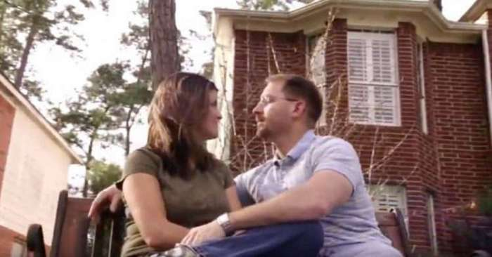 Спустя много лет он встретил свою первую любовь. Но у нее уже было четверо больных детей...