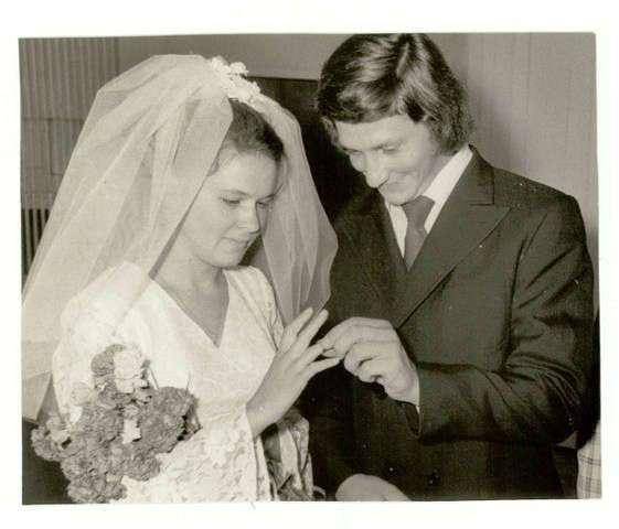 """""""Когда мы были молодыми"""". Редкие свадебные снимки советских знаменитостей"""