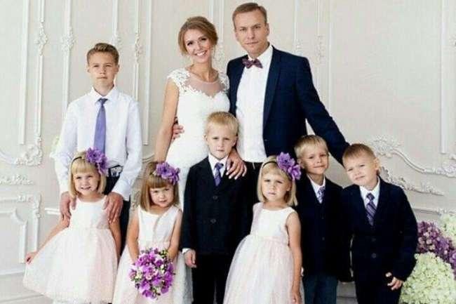 После смерти жены он один воспитывал 6 детей. Вот как его отблагодарила судьба...