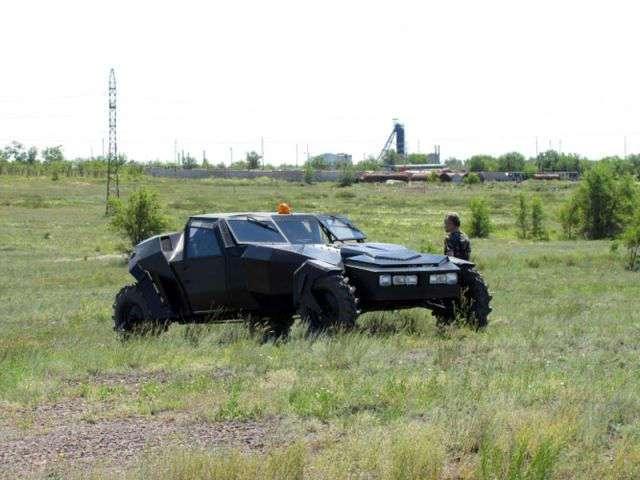 Самодельный автомобиль для охоты (12 фото)