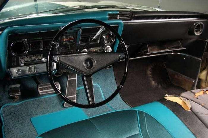 Интересная реставрация половины Oldsmobile Toronado (20 фото)