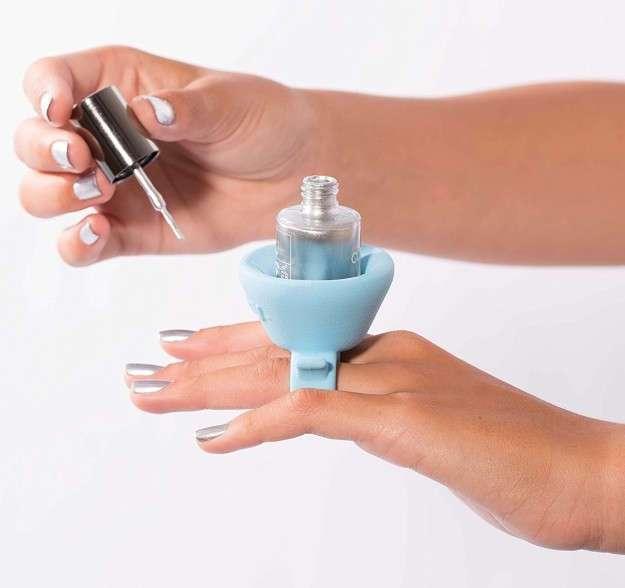 Об этих вещах давно мечтают все женщины! 18 приспособлений для макияжа, которые упростят вашу жизнь!