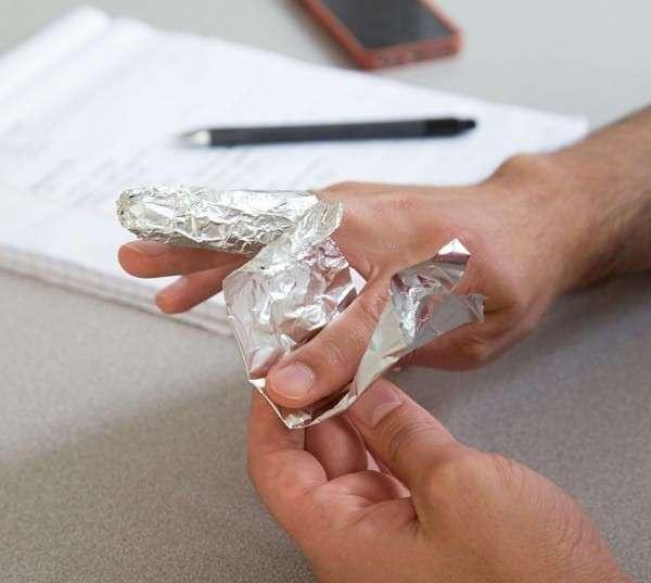 9 видов боли, с которыми справится алюминиевая фольга