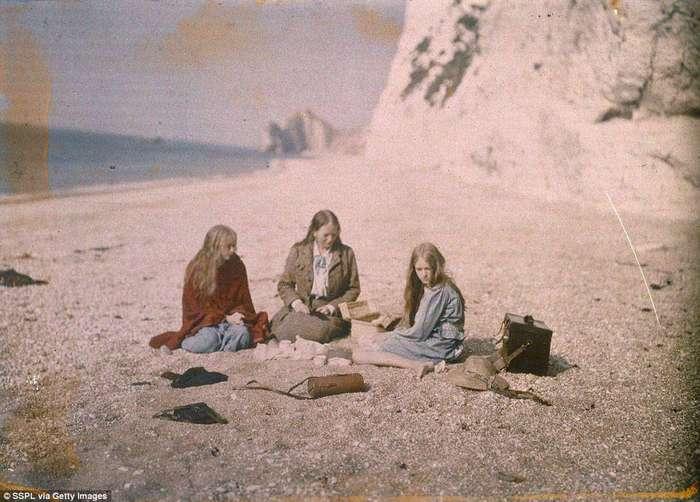 Это первая цветная фотосессия, сделанная более 100 лет назад. И она прекрасна!
