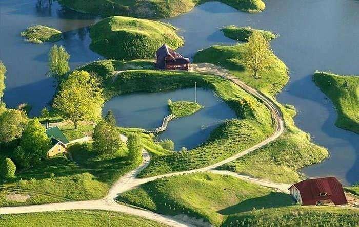 Миллионер из Латвии купил 30000 га земли и создал на нем своей рай!