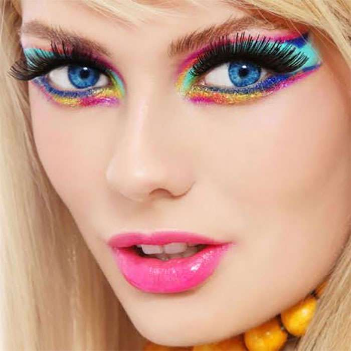 15 признаков того, что вы перебарщиваете с макияжем