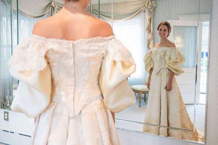 Это уже 11 невеста в этой семье, которая наденет на свадьбу 120-летнее платье!
