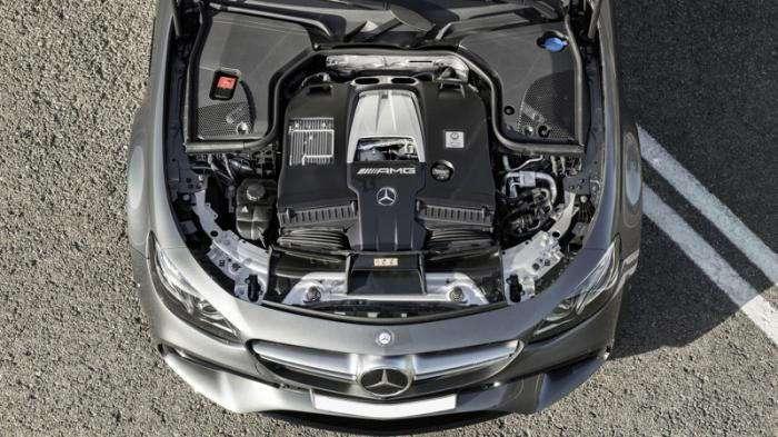 Самый быстрый седан Mercedes-AMG E63s W213 (10 фото)