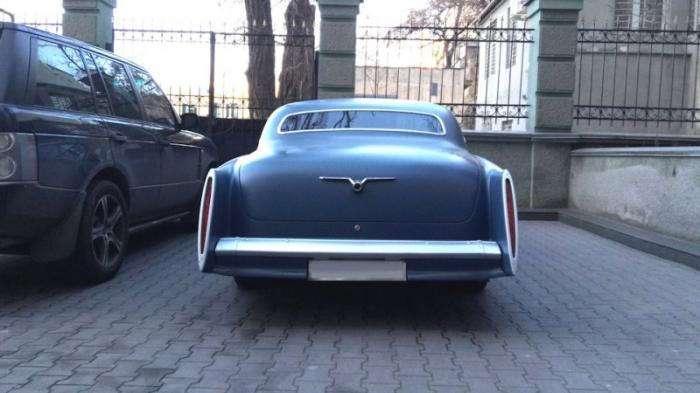 Уникальная американская -Волга- купе из Одессы (18 фото)
