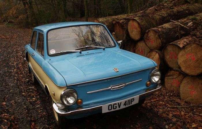 Учитель из Великобритании коллекционирует советские автомобили (7 фото)