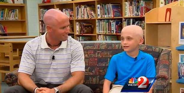Этот мальчик начал терять волосы. Поступок его учителя удивил всю школу