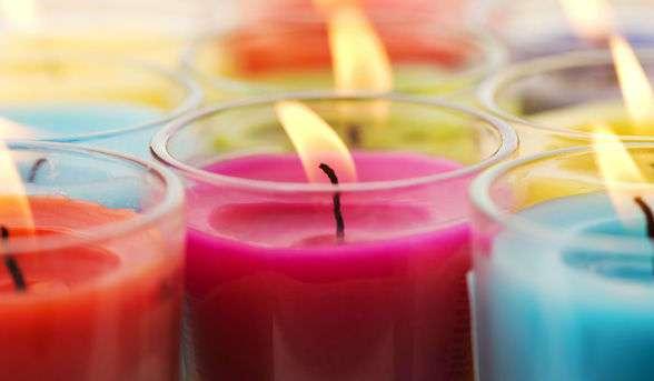 Если у вас есть дома такие свечи, выбросьте их как можно скорее!