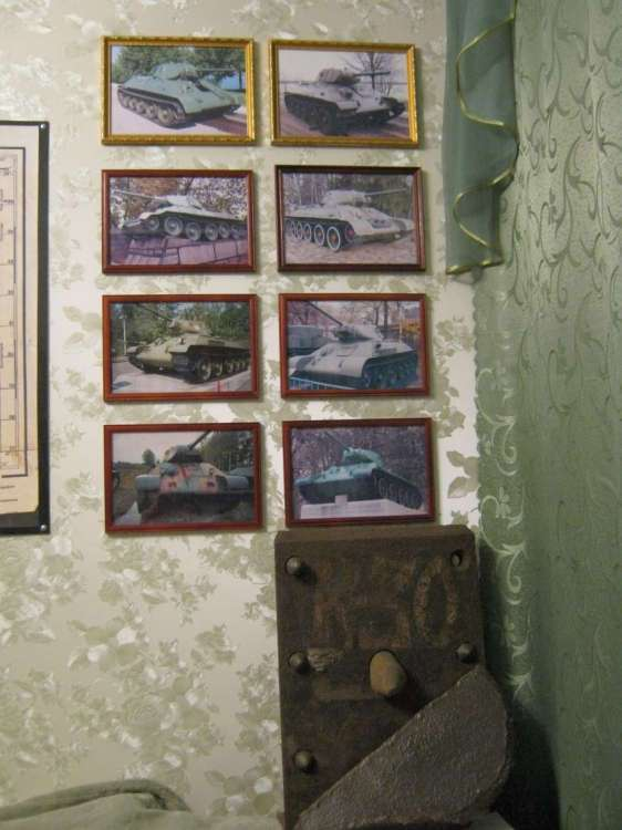 Музей танка Т-34 в частной квартире! (16 фото)