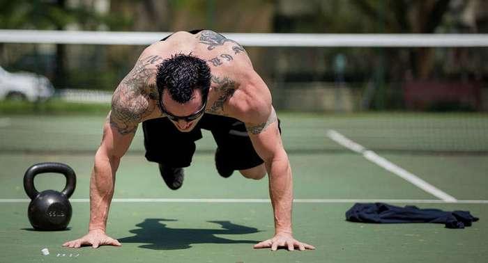 Как проходят силовые тренировки элитных бойцов