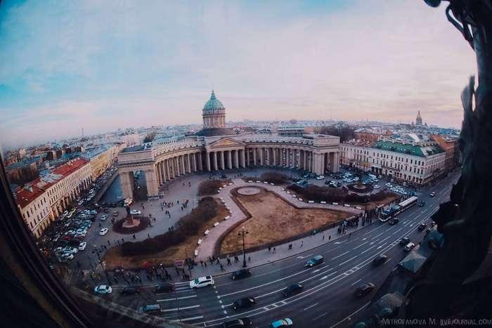 Прогулка по Дому Зингера, где расположен офис Вконтакте