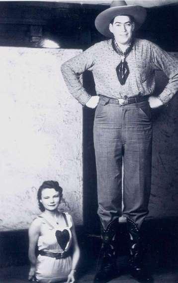 Противоположности притягиваются: очень необычные влюбленные пары