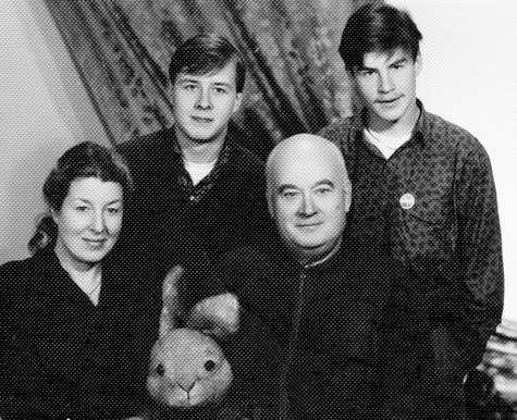 27 апреля Евгению Моргунову исполнилось бы 90