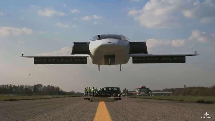 Первый электросамолет с вертикальным взлетом создали в Германии