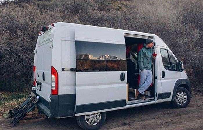 Автомобиль-дом для тех, кто хочет путешествовать с комфортом