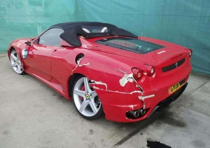Житель Лондона переделал Toyota в Ferrari и получил крупную страховую выплату за аварию